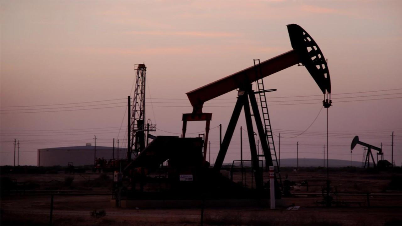 OPEC ÜRETİM KARARININ ARDINDAN PETROL FİYATLARI YÜKSELDİ